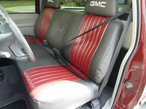 1988-1998 Chevy Truck Standard Cab, Driver & Passenger Seat Belt Kit Installation
