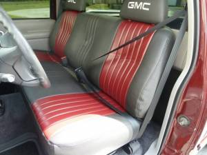 1988-1998 Chevy Truck Standard Cab Bench Seat Belt Kit Installation